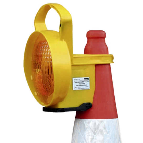 TaperLamp-Warning-Lamp-on-Traffic-Cone