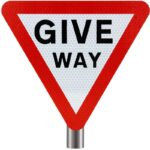 Tennants - Give Way Sign for Posts