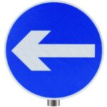 Tennants-One-Way-Round-Sign-for-Posts-Left-Arrow