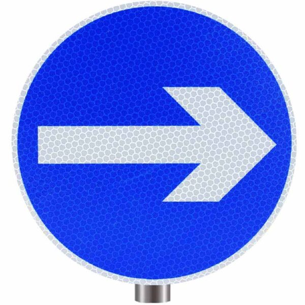 Tennants One Way Round Sign for Posts - Right Arrow